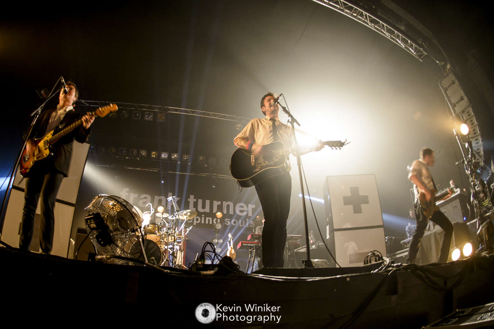 Frank Turner and the Sleeping Souls in den Docks