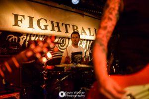 Fighball supporten The Creepshow im Hafenklang 5