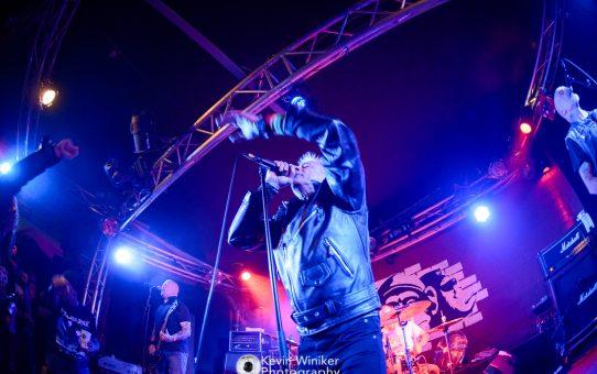 GBH - Die Punkrockabrissbirne aus Birmingham im Monkeys Music Club